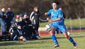 Blues Ladies sign Melissa Lawley