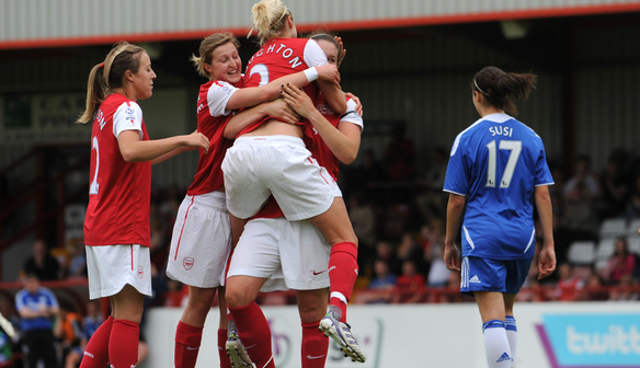 Beattie celebrates her goal against Chelsea