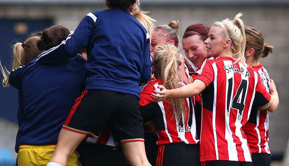 Sunderland Ladies win title and promotion