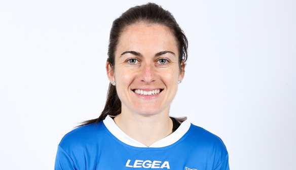 Karen Carney sponsored by Football D.S