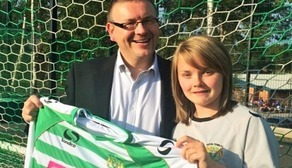 Glovers Sign Former Bristol Striker