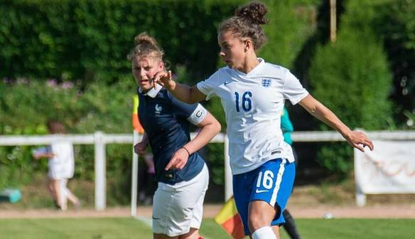 Brown joins Villa Ladies