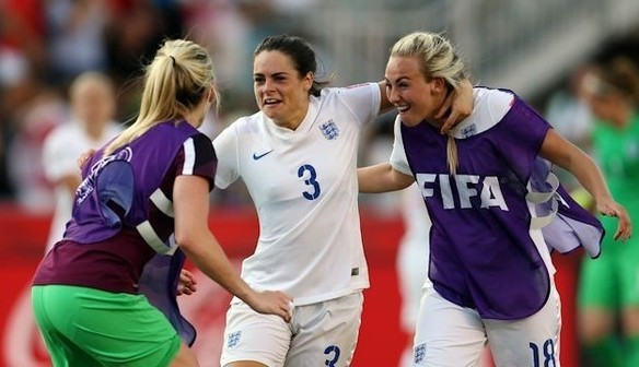 Women's World Cup: England Blues march on