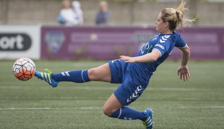 Beth Hepple in action during Durham WFC 3-0 Aston Villa