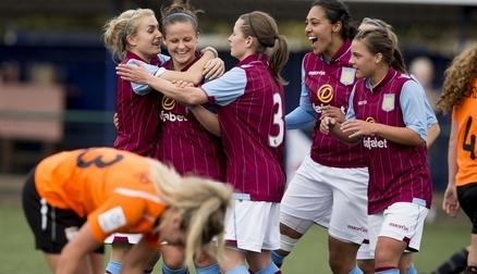 Chloe Jones mobbed by team-mates