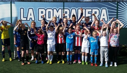 SAFC Ladies at Easter Football Courses