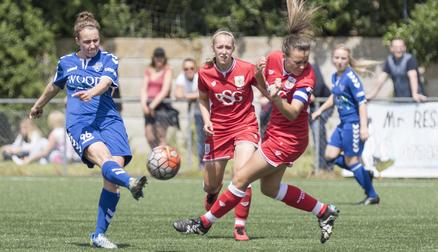 Rachel Lee in action against Bristol City