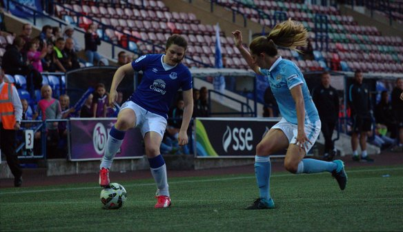 Hollinshead delighted to compete with a FAWSL1 side