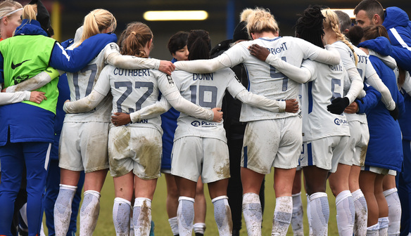 Magdalena Eriksson heads home to seal Chelsea victory