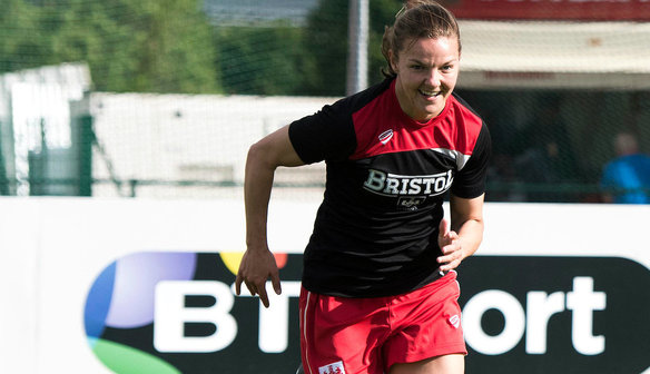 Loren Dykes Signs New Contract With The Vixens