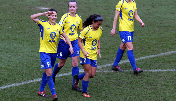 Sweetman-Kirk helps Belles get off the mark in Spring Series