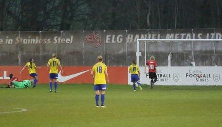 Kirsty Hanson bags her first Belles goal