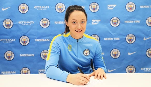 Megan Campbell signs new MCWFC deal