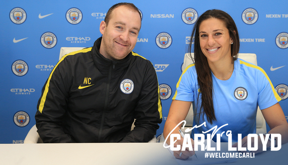 Carli Lloyd signs for City