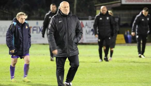 INTERVIEW: Redfearn pleased with clean sheet